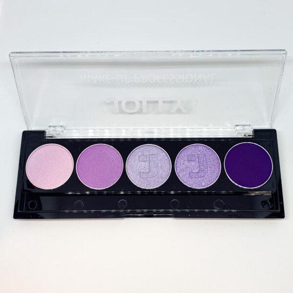 Jolly purple eyeshadow